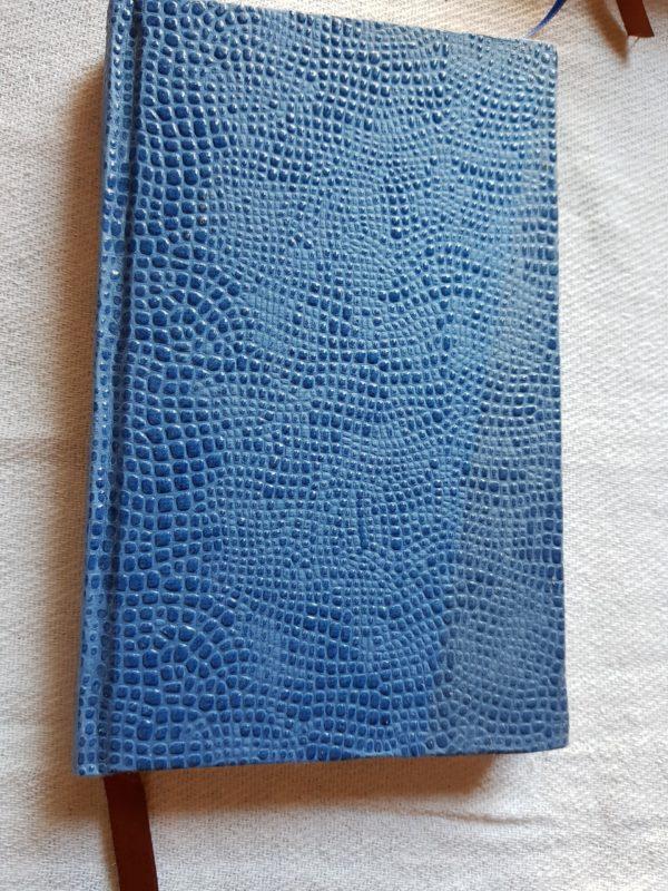 Libreta de piel cosida y hecha a mano, unidad única