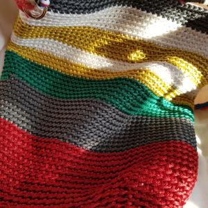 Bolsa de hilo de seda combinación de colores, asa de cuerda marinera y forrada de tela de loneta