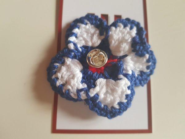 Detalle flor pin Claveloina-